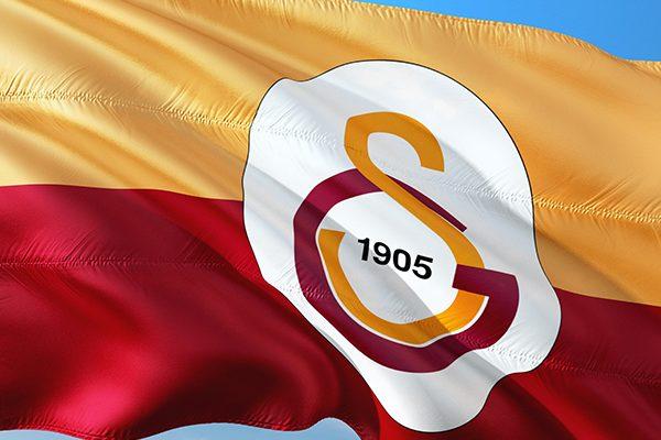 Galatasaray Başkanı Cengiz ikinci kez ameliyat edildi